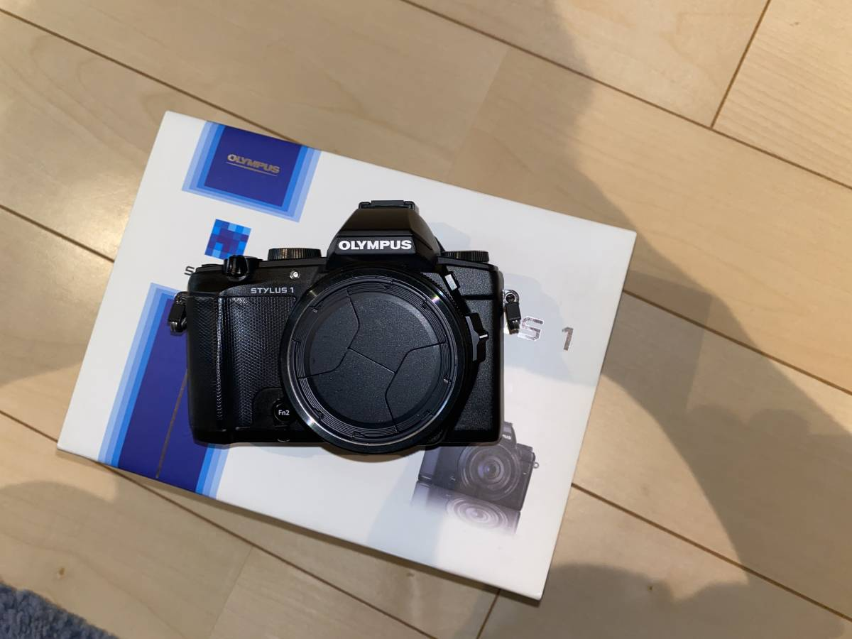 超美品箱付き 完動品 OLYMPUS STYLUS 1  28-300mm 全域F2.8 光学10.7倍ズーム オリンパスカメラ 付属品全部付き